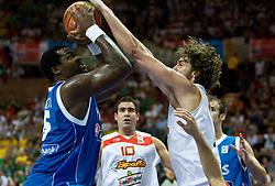 Pau Gasol of Spain (R) vs Sofoklis Schortsanitis of Greece during the EuroBasket 2009 Semi-final match between Spain and Greece, on September 19, 2009, in Arena Spodek, Katowice, Poland.  (Photo by Vid Ponikvar / Sportida)