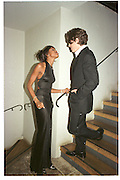 Naomi Campbell and Hugh Grant. Miramax post Bafta's party. Noble Rot. 9 April 2000. © Copyright Photograph by Dafydd Jones 66 Stockwell Park Rd. London SW9 0DA Tel 020 7733 0108 www.dafjones.com