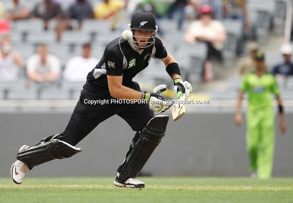 Martin Guptill batting during the 6th ODI, Black Caps v Pakistan, One Day International Cricket. Eden Park, Auckland, New Zealand. Saturday 5 February 2011. Photo: Andrew Cornaga/photosport.co.nz