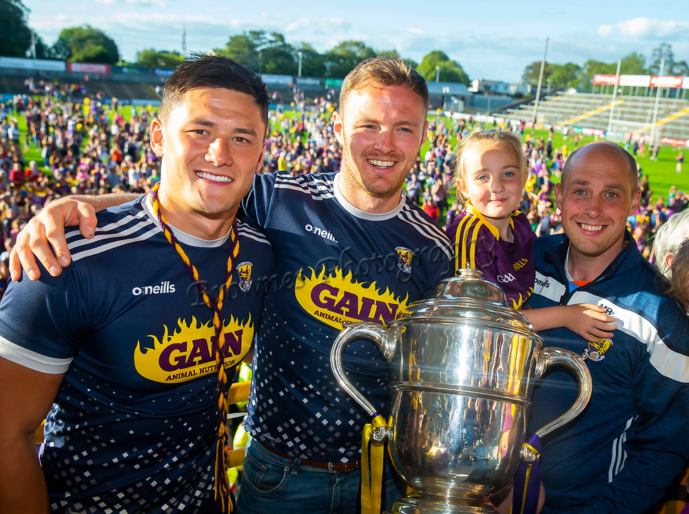 01/07/2019. Wexford GAA Homecoming at Innovate Wexford Park where the Senior Leinster Hurling and Minor Champions and the Ladies Football winners arrived to a large crowd. Pictured are Senior Hurling Captains Lee Chin and Matt O'Hanlon with supporters Mark and Zoe Roche. Picture: Patrick Browne