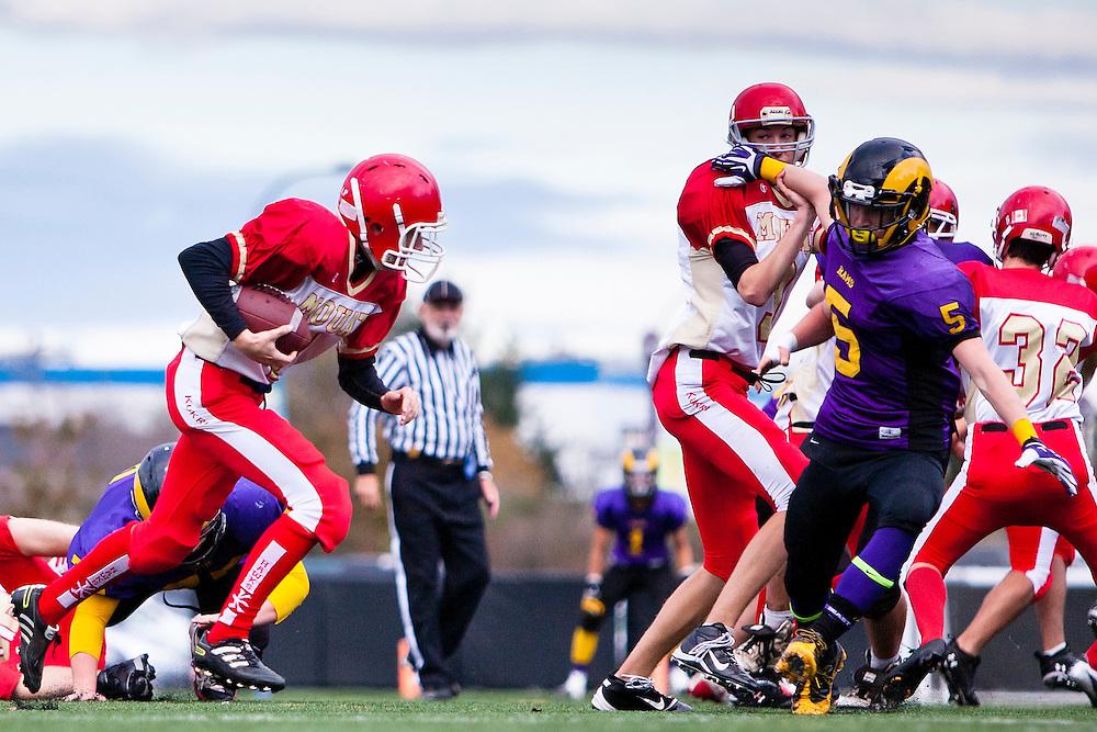 Mt.Doug Rams vs. W. J. Mouat Hawks Junior Football