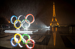 &copy; Licensed to London News Pictures13/09/2017 Paris, France.  <br /> <br /> 13 September 2017, Trocadero Paris (France) a giant Olympic logo is unveiled in heavy rain. The IOC (International Olympic Committee) formally announce the host of the 2024 Summer Games awarding Paris the distinction. <br /> Photo credit: Guilhem Baker/LNP