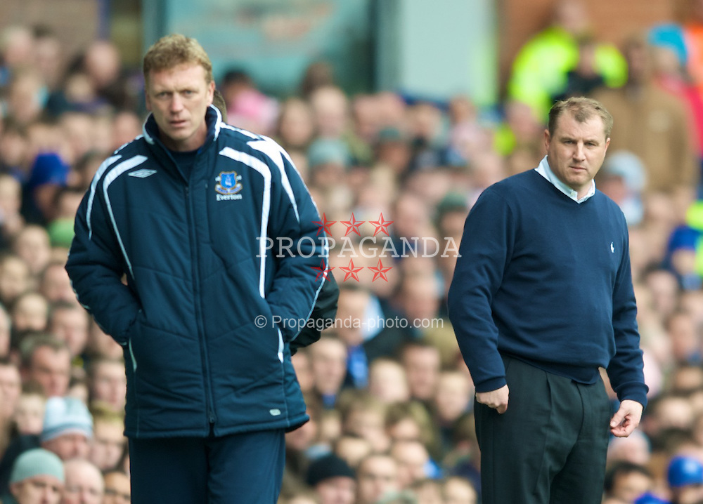 LIVERPOOL, ENGLAND - Sunday, April 6, 2008: Everton's manager David Moyes and Derby County manager Paul Jewell during the Premiership match at Goodison Park. (Photo by David Rawcliffe/Propaganda)