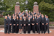 18243MBA Group Portrait 2007 spring