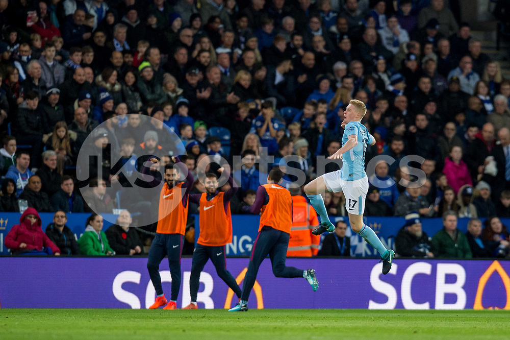 Kevin De Bruyne of Manchester City jumps for joy after he scores during the Premier League match between Leicester City and Manchester City at the King Power Stadium, Leicester, England on 18 November 2017. Photo by Matthew Buchan.