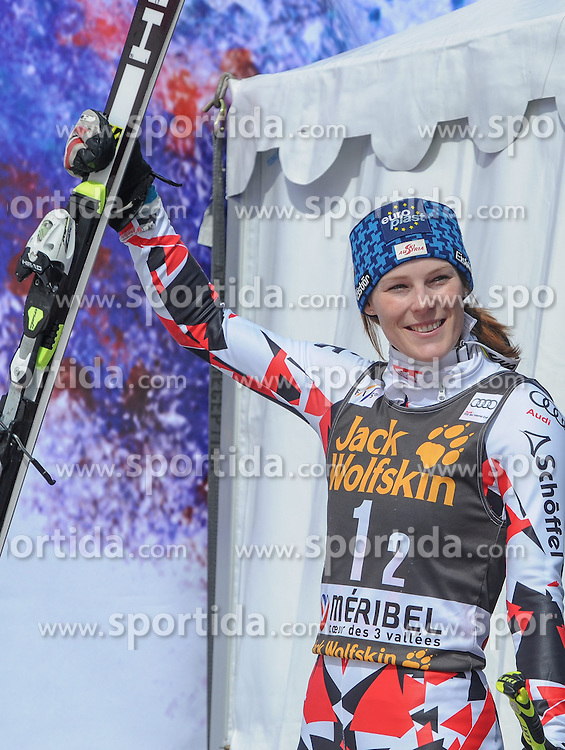 20.03.2015, Roc de Fer, Meribel, FRA, FIS Weltcup Ski Alpin, Meribel, Teambewerb, Siegerehrung, im Bild Carmen Thalmann (AUT) // Carmen Thalmann of Austria during winner Ceremony for the Nation Grand Prix of FIS World Cup finals at the Roc de Fer in Meribel, France on 2015/03/20. EXPA Pictures © 2015, PhotoCredit: EXPA/ Erich Spiess