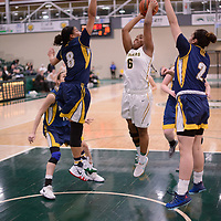 2nd year guard Kyia Giles (6) of the Regina Cougars in action during the Women's Basketball home game on January  19 at Centre for Kinesiology, Health and Sport. Credit: Arthur Ward/Arthur Images