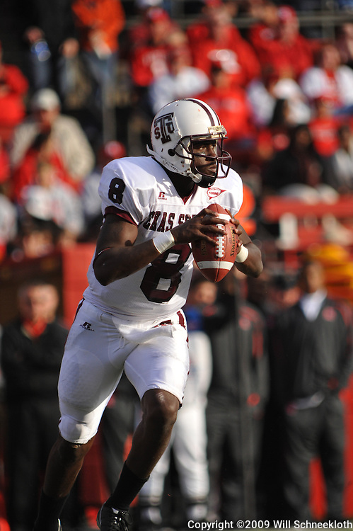 Oct 10, 2009; Piscataway, NJ, USA; Texas Southern quarterback Arvell Nelson (8) scrambles during first half NCAA college football action between Rutgers and Texas Southern at Rutgers Stadium.