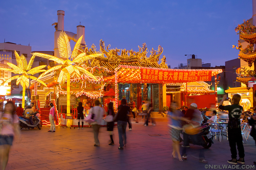 The Tianhou Matsu Temple is located in the middle of the night market on Cijin Island.