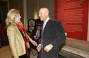 Dame Jillian Sackler and Sir Norman Foster. Royal Academicians in China: 2003-2005. Royal academy. 11  January 2006. ONE TIME USE ONLY - DO NOT ARCHIVE  © Copyright Photograph by Dafydd Jones 66 Stockwell Park Rd. London SW9 0DA Tel 020 7733 0108 www.dafjones.com