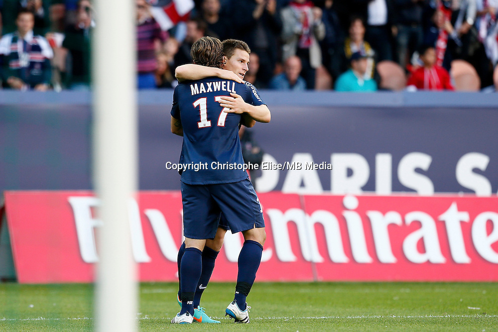 FOOTBALL - FRENCH CHAMPIONSHIP 2012/2013 - L1 - PARIS SAINT GERMAIN VS SOCHAUX - 29/09/2012 - KEVIN GAMEIRO (PARIS SAINT-GERMAIN), MAXWELL (PARIS SAINT-GERMAIN)