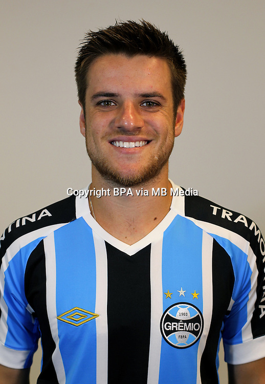 Brazilian Football League Serie A / <br /> ( Gremio Foot-Ball Porto Alegrense ) - <br /> Ramiro Moschen Benetti &quot; Ramiro &quot;