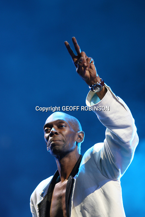 PIC SHOWS MAXI JAZZ OF FAITHLESS AT  THE V FESTIVAL  AT HYLANDS PARK,CHELMSFORD,ESSEX ON SUNDAY 22ST AUGUST.....The V Festival  takes place on Saturday and Sunday in Hylands Park, Chelmsford and Weston Park, Staffordshire. ....The festival will be headlined by Kasabian and Kings of Leon while other acts lined up to perform include The Prodigy, Faithless, Editors, Paul Weller, Stereophonics, Plan B and Tinie Tempah...