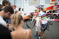 Lizzie Armitstead (GBR) of Boels-Dolmans Cycling Team poses for a photo with a young fan before the start of the 121.5 km road race of the UCI Women's World Tour's 2016 Grand Prix Plouay women's road cycling race on August 27, 2016 in Plouay, France. (Photo by Balint Hamvas/Velofocus)