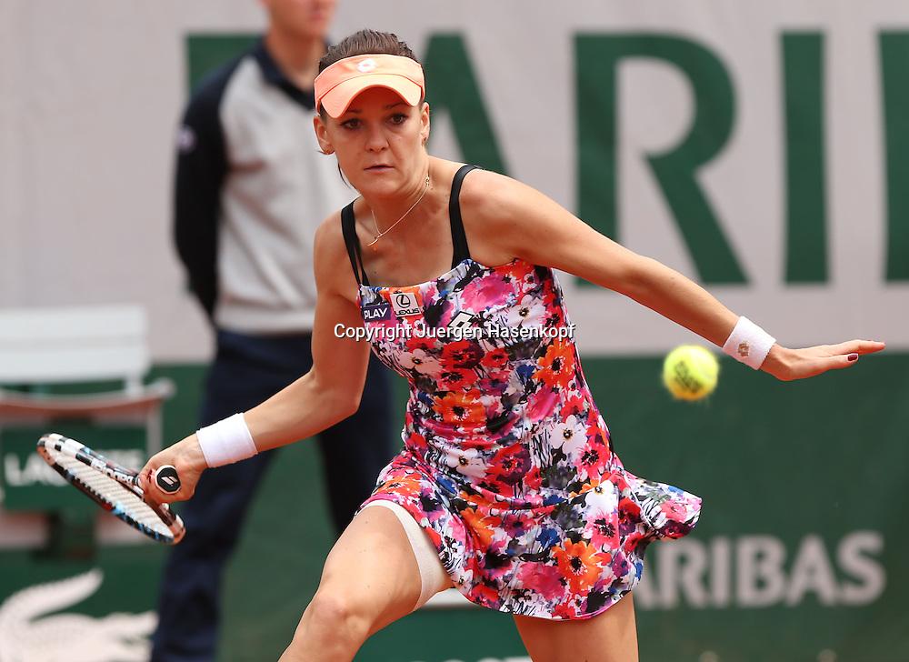 French Open 2014, Roland Garros,Paris,ITF Grand Slam Tennis Tournament,<br /> Agnieszka Radwanska (POL),Aktion,Einzelbild,Halbkoerper,Querformat,