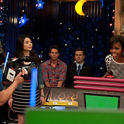Michelle Obama, Miranda Cosgrove, Jerry Trainor, and Taran Killam  in iCarly