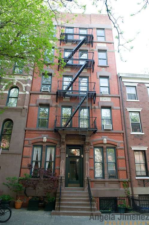 Date: 5/6/11.Desk: REA.Slug: 15COVER3.Assign Id: 10111168C..The exterior of the home of Alan Perna, 68, at 88 Charles Street in Greenwich Village, New York City, where he has lived since 1966 is photographed. He now owns the apartment and the building is a co-op. ..Photo by Angela Jimenez for The New York Times .photographer contact 917-586-0916
