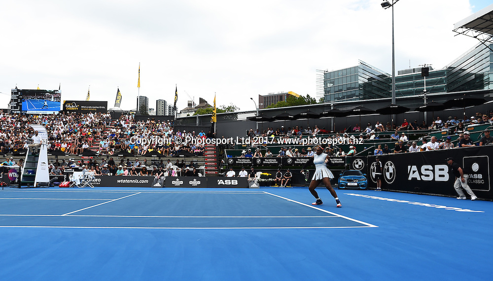 Serena Williams during the ASB Classic WTA Womens Tournament Day 2. ASB Tennis Centre, Auckland, New Zealand. Tuesday 3 January 2017. ©Copyright Photo: Chris Symes / www.photosport.nz
