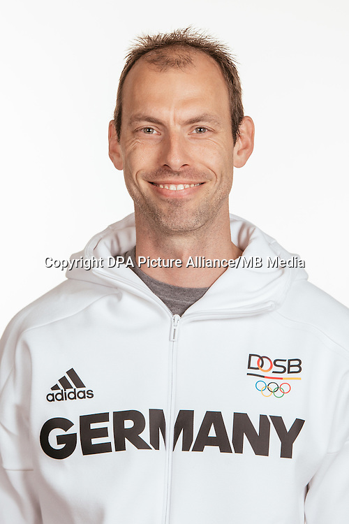 Rainer Schubert poses at a photocall during the preparations for the Olympic Games in Rio at the Emmich Cambrai Barracks in Hanover, Germany, taken on 15/07/16 | usage worldwide