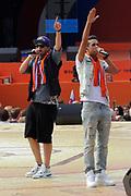 Nederlandse Olympische ploeg komt thuis en wordt gehuldigd op het plein voor Station Den Bosch.<br /> <br /> Op de foto:  Yes-r