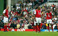 Photo. Chris Ratcliffe. Digitalsport<br /> Arsenal v Bolton Wanderers. Barclays Premiership. 18/09/2004<br /> A draw seems like a loss to arsenal