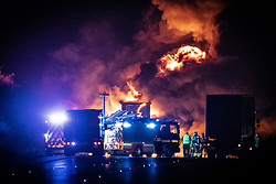 © Licensed to London News Pictures. 05/11/2019. Coventry, UK. A lorry fire on the South-East bound carriageway of the M6 north of Coventry prompts police to close the motorway to all traffic in both directions whilst firefighters tackle the blaze . Miles of traffic tails back and the route is expected to remain closed for several hours . Photo credit: Joel Goodman/LNP