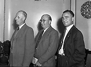 13/08/1952<br /> 08/13/1952<br /> 13 August 1952<br /> F.A.I. members at 80 Merrion Square, Dublin. Kevin Halfin centre, Dr. Barry Hooper (University College) Far left.