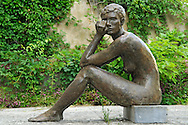 France, Languedoc Roussillon, Gard, Uzège, Uzès, hôtel du diocèse civil ou hôtel des Consuls, exposition sculptures , artiste: As Morelle, mention obligatoire