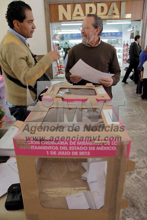 Toluca, México.- Un total de 253 casillas fueron instaladas en las delegaciones y diversas colonias de Toluca para elegir delegados, subdelegados o presidentes de COPACI.  Agencia MVT / Crisanta Espinosa