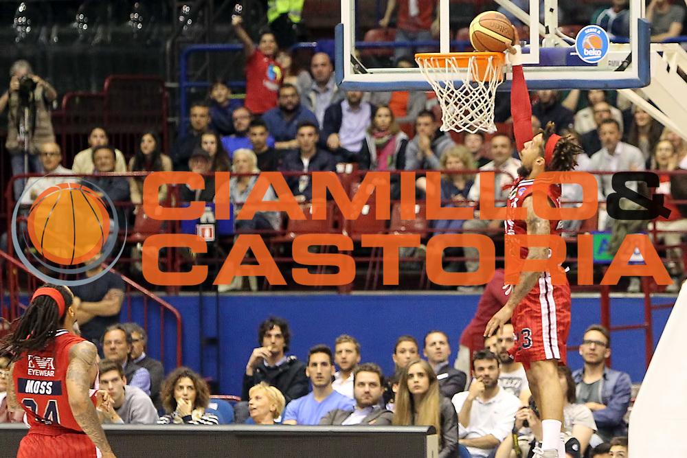 DESCRIZIONE: Milano Lega A 2014-15 <br /> EA7 Emporio Armani Granarolo Bologna<br /> GIOCATORE: Daniel Hackett<br /> CATEGORIA: controcampo - schiacciata<br /> SQUADRA: EA7 Emporio Armani<br /> EVENTO: Play-off quarti di finale gara 2 2014-2015<br /> GARA: EA7 Emporio Armani Granarolo Bologna<br /> DATA: 20/05/2015<br /> SPORT: Pallacanestro<br /> AUTORE: Agenzia Ciamillo-Castoria/A. Ossola<br /> Galleria: Lega Basket A 2014-2015<br /> Fotonotizia: Milano Lega A 2014-15 <br /> EA7 Emporio Armani Granarolo Bologna
