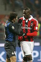 "Mario Balotelli Milan Javier Zanetti Inter.Milano 24/02/2013 Stadio ""San Siro"".Football Calcio Serie A 2012/13.Inter v Milan.Foto Insidefoto Paolo Nucci."