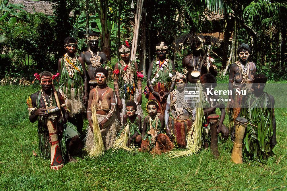 Upper Sepik River tribesman performing at Sing Sing Festival, Mt. Hagen, Papua New Guinea