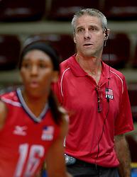 24-09-2014 ITA: World ChampionshipVolleyball Kazachstan - USA, Verona<br /> USA wint met 3-0 / Coach Karch Kiraly