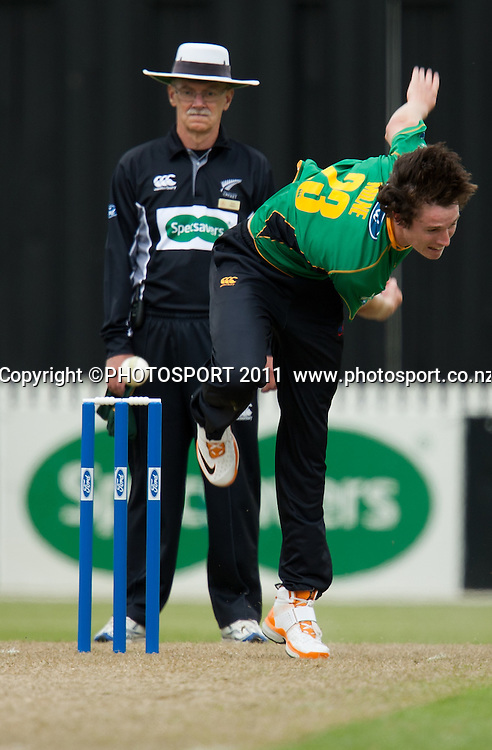 Stags' Adam Milne bowls during the Ford Trophy Cricket - Northern Knights v Central Stags one day match, at Seddon Park, Hamilton, New Zealand, 11 December 2011. Photo: Stephen Barker/photosport.co.nz