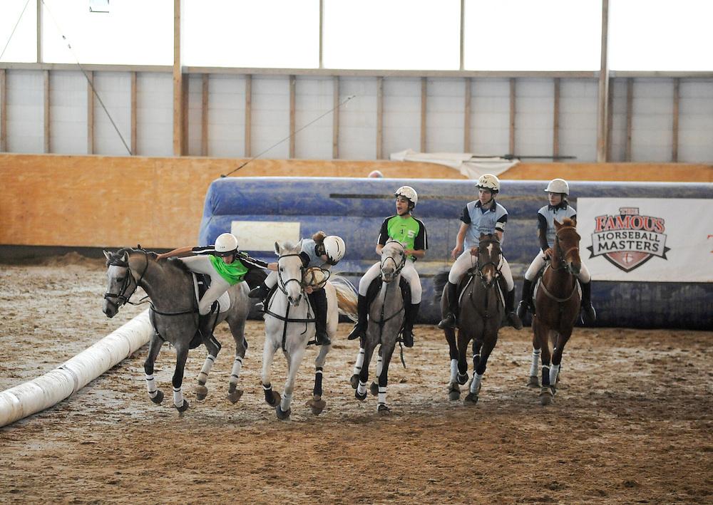 Campeonato Nacional de Horseball, 2010. During the first leg of the Portuguese Horseball Championships.
