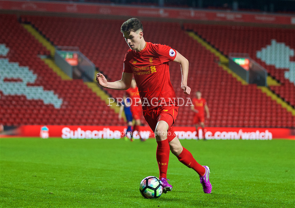LIVERPOOL, ENGLAND - Monday, January 16, 2017: Liverpool's Sam Hart in action against Manchester United during the FA Premier League 2 Division 1 Under-23 match at Anfield. (Pic by David Rawcliffe/Propaganda)
