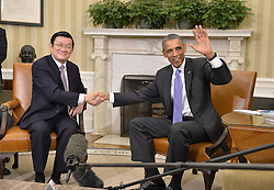 60197535  <br /> U.S. President Barack Obama (R) meets with his Vietnamese counterpart Truong Tan Sang in the Oval Office of the White House in Washington D.C., capital of the United States, <br /> Thursday, 25th July 2013<br /> Picture by imago / i-Images<br /> UK ONLY