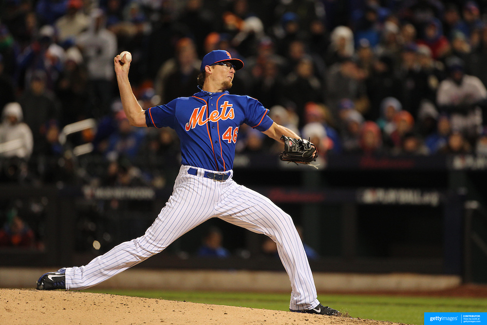 Pitcher Tyler Clippard, New York Mets, pitching during the MLB NLCS Playoffs game two, Chicago Cubs vs New York Mets at Citi Field, Queens, New York. USA. 18th October 2015. Photo Tim Clayton