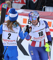 26.01.2018, Lenzerheide, SUI, FIS Weltcup Ski Alpin, Lenzerheide, Alpine Kombination, Damen, im Bild Lindsey Vonn, Marta Bassino // Lindsey Vonn, Marta Bassino reacts after the Slalom competition for the ladie's Alpine combination of the FIS ski alpine world cup in in Lenzerheide, Austria on 2018/01/26. EXPA Pictures © 2018, PhotoCredit: EXPA/ Sammy Minkoff<br /> <br /> *****ATTENTION - OUT of GER*****