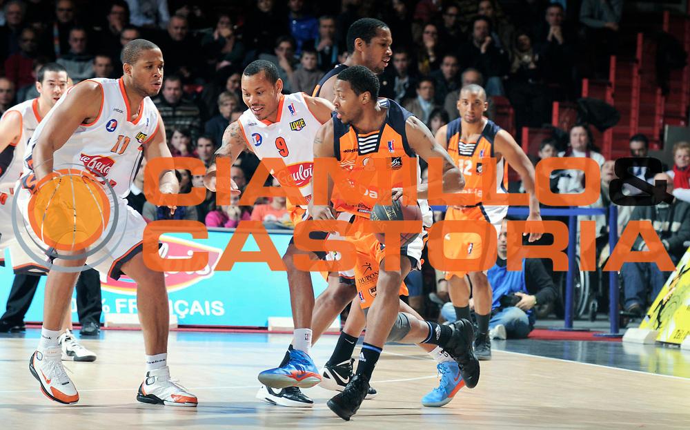 DESCRIZIONE : Championnat de France Pro A Antares Le Mans<br /> GIOCATORE : JOHNSON Juby<br /> SQUADRA : Gravelines<br /> EVENTO : Pro A <br /> GARA : Le Mans Gravelines<br /> DATA : 11/02/2012<br /> CATEGORIA : Basketball France Homme<br /> SPORT : Basketball<br /> AUTORE : JF Molliere<br /> Galleria : France Basket 2011-2012 Action<br /> Fotonotizia : Championnat de France Basket Pro A<br /> Predefinita :