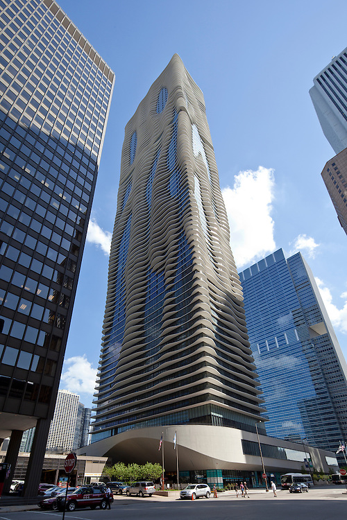 Aqua Tower in Chicago, Illinois; dramatic architecture of a residential tower skyscraper by Studio Gang Architects and Magellan Development