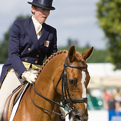 Flora Harris and Law Choice  Express Eventing 2010