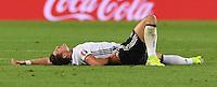 FUSSBALL EURO 2016 Viertelfinale in Bordeaux Deutschland - Italien      02.07.2016 Mario Gomez (Deutschland) am Boden mit Schmerzen