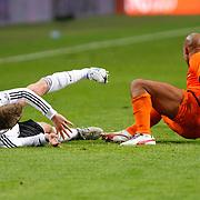 NLD/Amsterdam/20121114 - Vriendschappelijk duel Nederland - Duitsland,Lars Bender in duel met Nigel de Jong