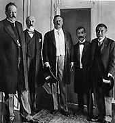 Russo-Japanese War 1904-1905: Treaty of Portsmouth. Count de Witte, Baron Rosen and American Secretary of State Pierce landing at the New York Yacht Club.