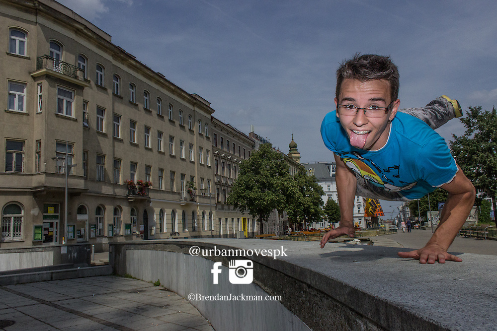 Parkour, Freerunning photography photo shoot in Vienna, Austria with Cata and Dan from Parkour-Vienna