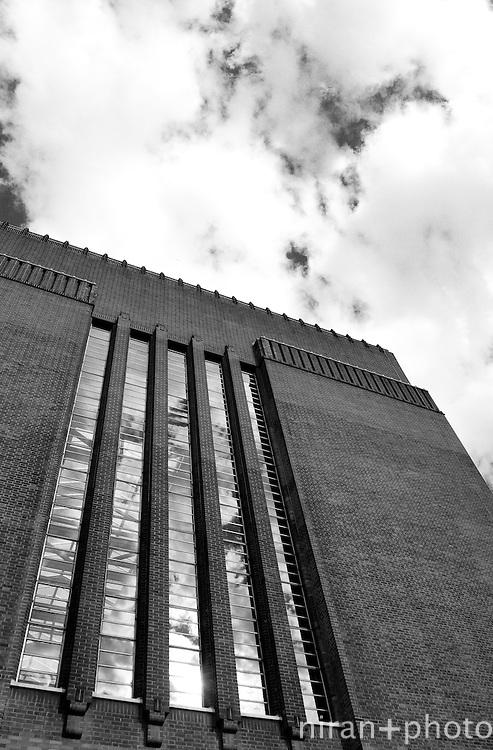 Tate Modern Exterior I