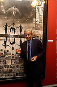 Peter Beard . Living Sculpture - exhibition of work by Peter Beard.  Michael Hoppen Gallery, 3 Jubilee Place. 24 November 2004. ONE TIME USE ONLY - DO NOT ARCHIVE  © Copyright Photograph by Dafydd Jones 66 Stockwell Park Rd. London SW9 0DA Tel 020 7733 0108 www.dafjones.com