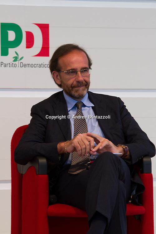 Bologna 01 Settembre 2014 - Festa dell'Unità - Dibattito: Nel cuore della democrazia: le riforme elettorali. Nella foto Riccardo Nencini