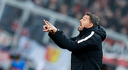 20.10.2016, Red Bull Arena, Salzburg, AUT, UEFA EL, FC Red Bull Salzburg vs OGC Nizza, Gruppe I, im Bild Trainer Oscar Garcia (FC Red Bull Salzburg) // Trainer Oscar Garcia (FC Red Bull Salzburg) during the UEFA Europa League group I match between FC Red Bull Salzburg and OGC Nizza at the Red Bull Arena in Salzburg, Austria on 2016/10/20. EXPA Pictures © 2016, PhotoCredit: EXPA/ JFK
